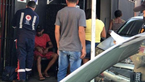 ARAGUAÍNA: Briga de casal termina com homem esfaqueado