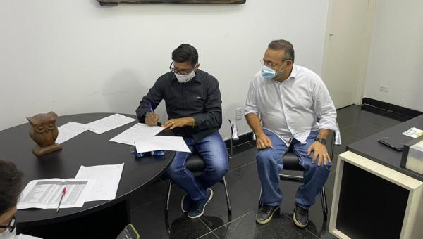 AUGUSTINÓPOLIS: Fabic firma parceria com Unigoyazes para mais de 40 cursos para a região do Bico