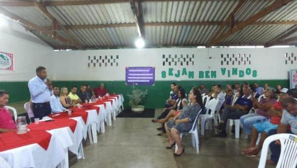 CACHOEIRINHA: Prefeito Paulo Macedo entrega pacotão de obras para população