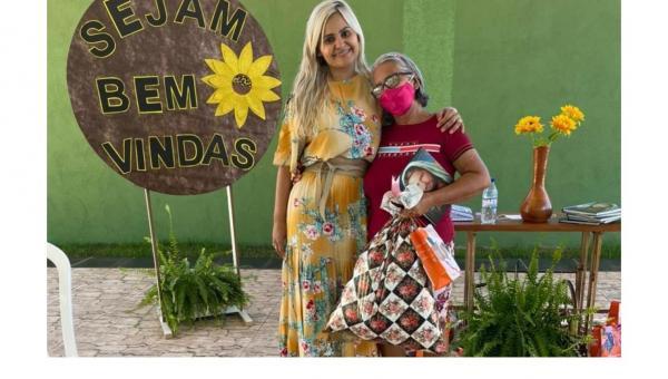 AÇÃO SOCIAL: Primeira Dama Denize Valéria trabalha resiliência com mulheres que perderam filhos e entes queridos em Darcinópolis