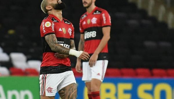 Análise: disperso, Flamengo reacende antigo alerta com goleada sofrida para o Inter