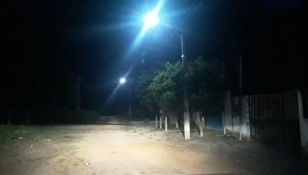 ARAPOEMA: Prefeitura melhora a iluminação pública do Povoado Jacu