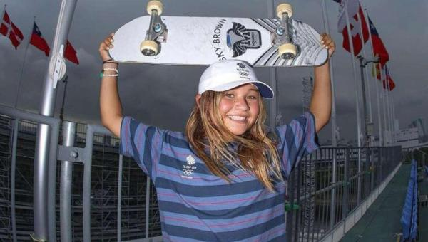 Conheça Sky Brown, skatista bronze em Tóquio e xodó da web brasileira