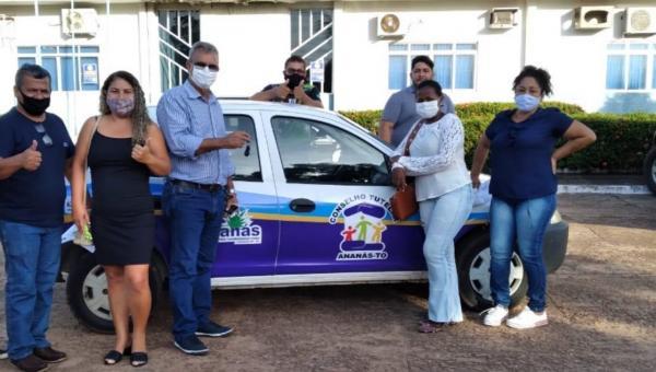 Conselho Tutelar recebe carro para atender demandas do órgão em Ananás