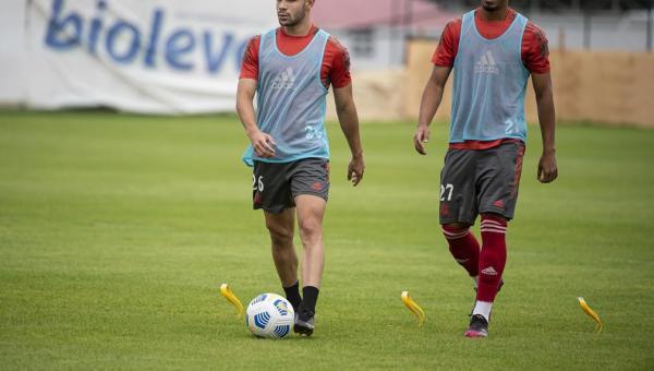 Flamengo poupa titulares e relaciona 11 jogadores do sub-20 para enfrentar o ABC na Copa do Brasil