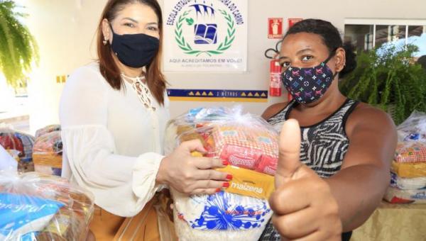 Governo do Tocantins avança na terceira etapa da entrega de kits de alimentos para estudantes da rede estadual de ensino