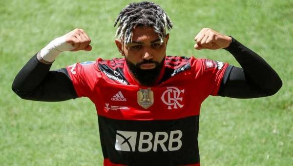 """Jogadores do Flamengo zoam o Palmeiras após título da Supercopa: """"Não tem Copinha, não tem Mundial"""""""