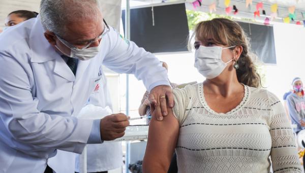 Mais de 90 milhões já tomaram a primeira dose da vacina Covid-19
