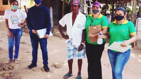 Moradores do Povoado Km 19 em Arapoema são atendidos com ação social da prefeitura