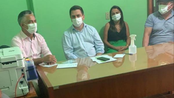PARCERIA: Deputado Federal Tiago Dimas visita a Prefeitura de Angico e reafirma apoio à Cleofan Barbosa
