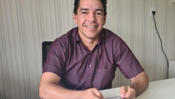 Prefeito Alberto Moreira implanta Lavoura Comunitária em São Miguel do Tocantins