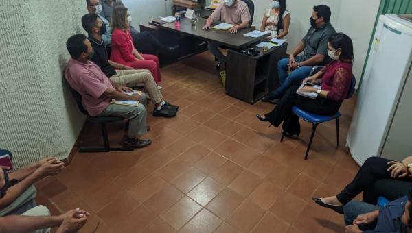 PREFEITO DJALMA JR REÚNE SECRETARIADO E FAZ BALANÇO DOS 100 DIAS DE GESTÃO