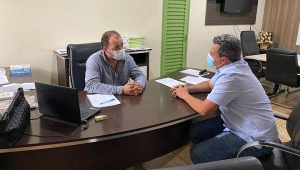Prefeito Djalma Júnior discute construção de sede própria do Ruraltins em Wanderlândia