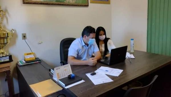 Prefeito Djalma Júnior e primeira-dama participam de vídeo conferência  para implantação do CREAS em Wanderlândia