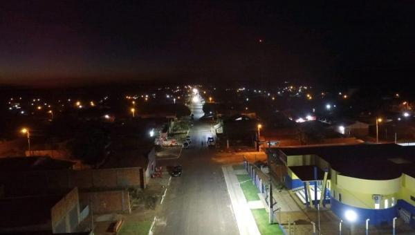 Prefeito Djalma Júnior investe na iluminação de LED em Wanderlândia