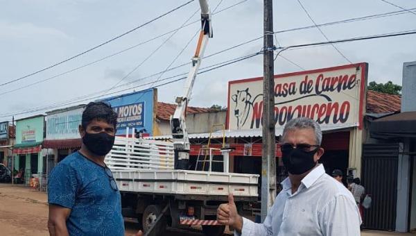Prefeitura restaura iluminação pública e população comemora em Ananás