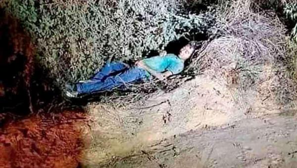 Um 'cadáver' morto de sono