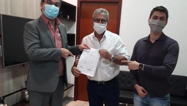 Valdemar Nepomuceno solicita  Agência do DETRAN para Ananás
