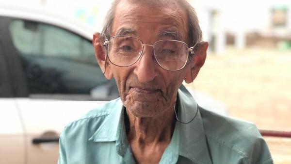 """Valderez lamenta falecimento do pioneiro de Xambioá José Alves de Sousa """"Preto do Vitor"""""""