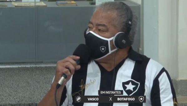 Em transmissão, Jairzinho tem atitude machista, reclama da bandeirinha e diz:
