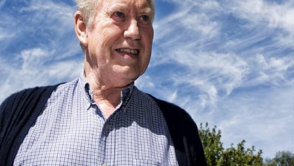 Ex-bilionário: Fundador da Duty Free Doa Toda a sua Fortuna em Vida