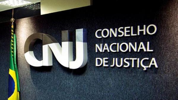 Extinção dos cargos de escrivão e oficial de Justiça agora segue para análise do CNJ