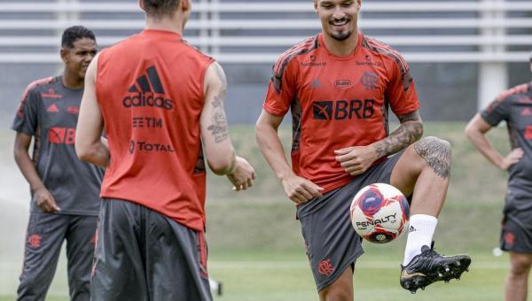 Flamengo reformula defesa para 2021 e pode chegar a R$ 45 mi com venda de pratas da casa