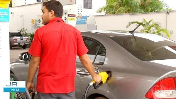 Gasolina varia de R$ 3,89 a R$ 4,59 nas maiores cidades do Tocantins