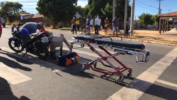 Idoso de 80 anos é atropelado quando atravessava avenida por faixa de pedestres