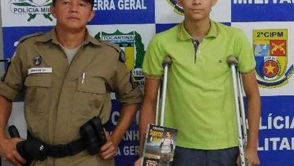 Jovem amputa perna após cair de cavalo e pai faz campanha para comprar prótese: 'Vai ter uma vida melhor'