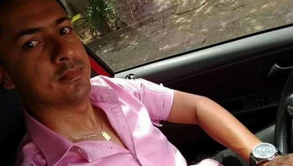 LUTO: Prefeitura de Arapoema emite nota pelo falecimento do Secretário Municipal de Educação Paulo Henrique que foi mais uma vítima de Covid-19