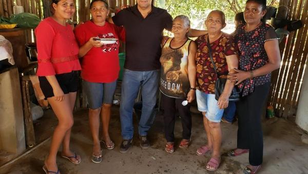 Moradores de Esperantina solicitam ao deputado Fabion revitalização da estrada do Assentamento Lago Preto