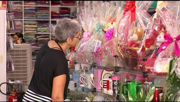 Natal movimenta Comércio em Ananás