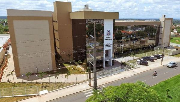 Novo julgamento de homicídio é cancelado em Araguaína por causa de impasse entre juiz e promotor sobre uso de máscara