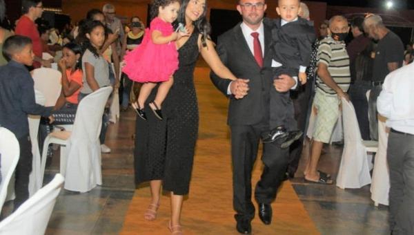 Prefeito, vice-prefeito e vereadores recepcionam população para celebrar novo mandato em Riachinho