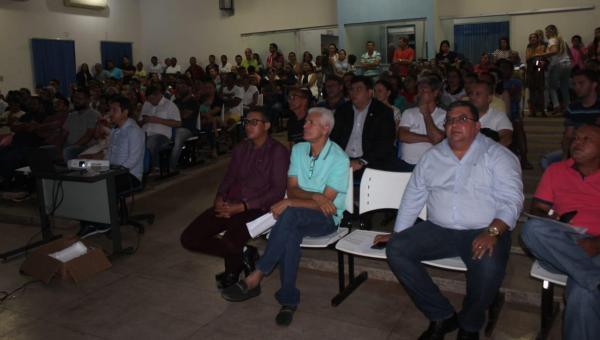 TRANSPARÊNCIA: População de Ananás participa de audiência pública sobre condição financeira do Município
