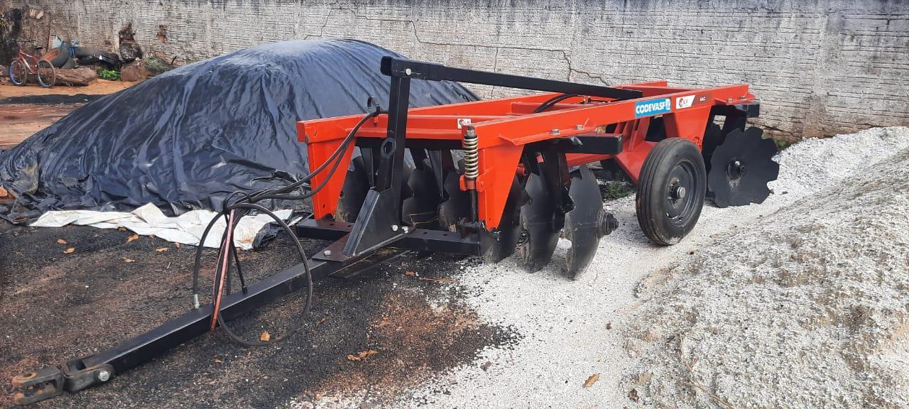 Prefeitura de Ananás recebe maquinários agrícolas para agricultura familiar