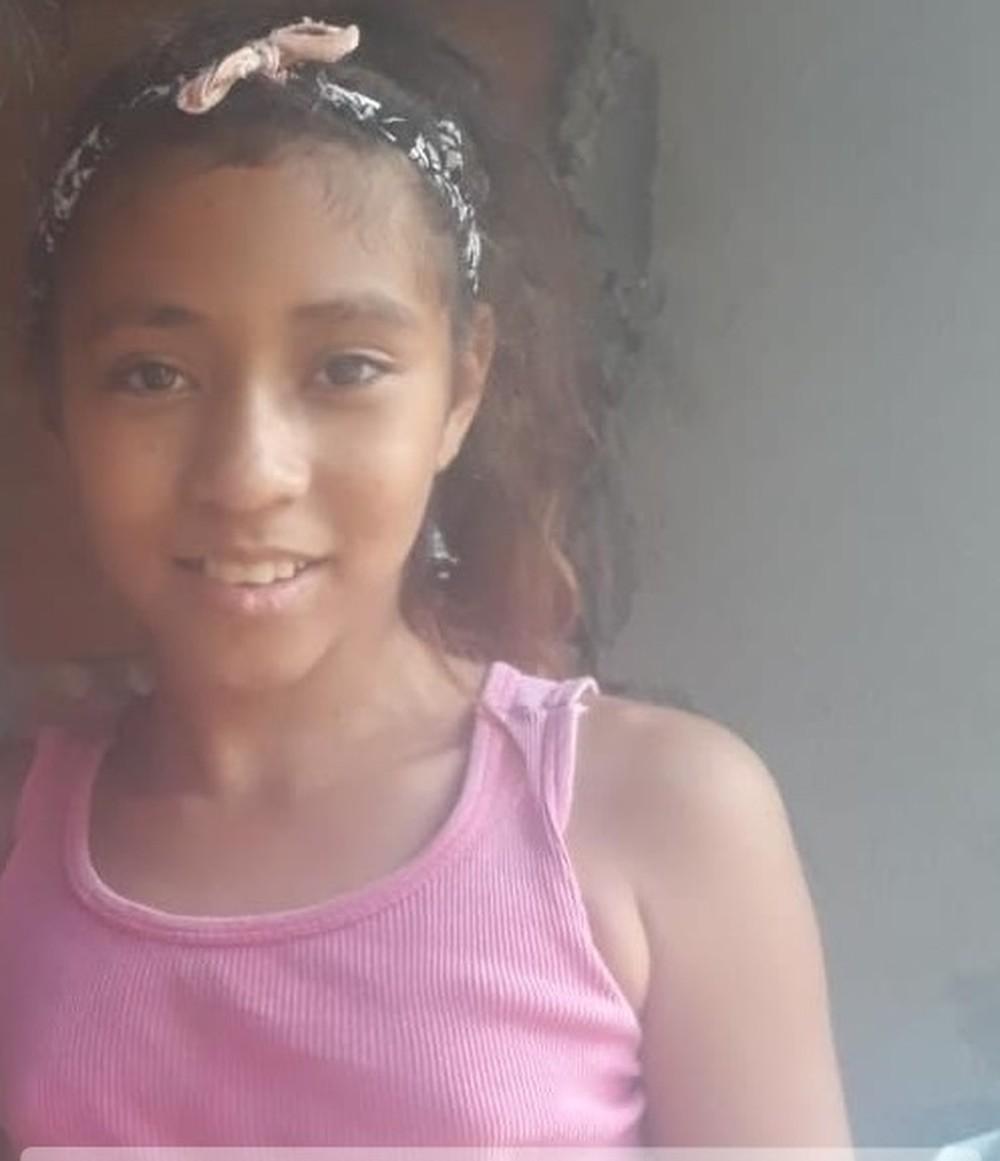 Mãe faz apelo após menina Saphira continuar desaparecida há quase um mês: 'Traga ela de volta para mim'