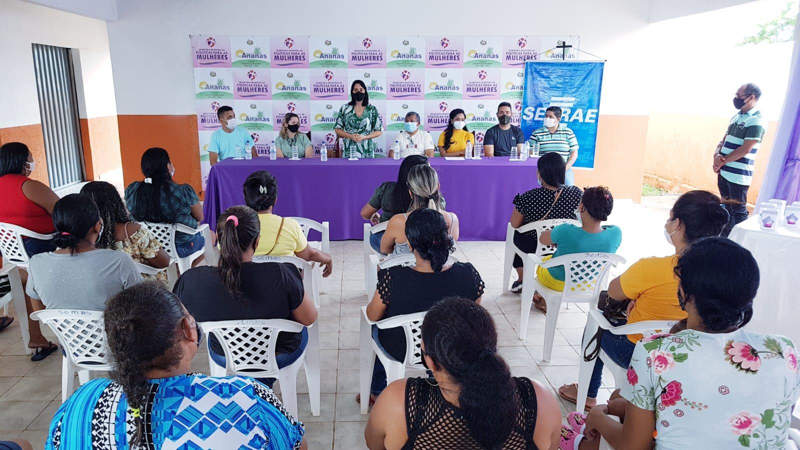 ANANÁS: Secretaria de Políticas Públicas para as Mulheres inicia mais dois novos cursos