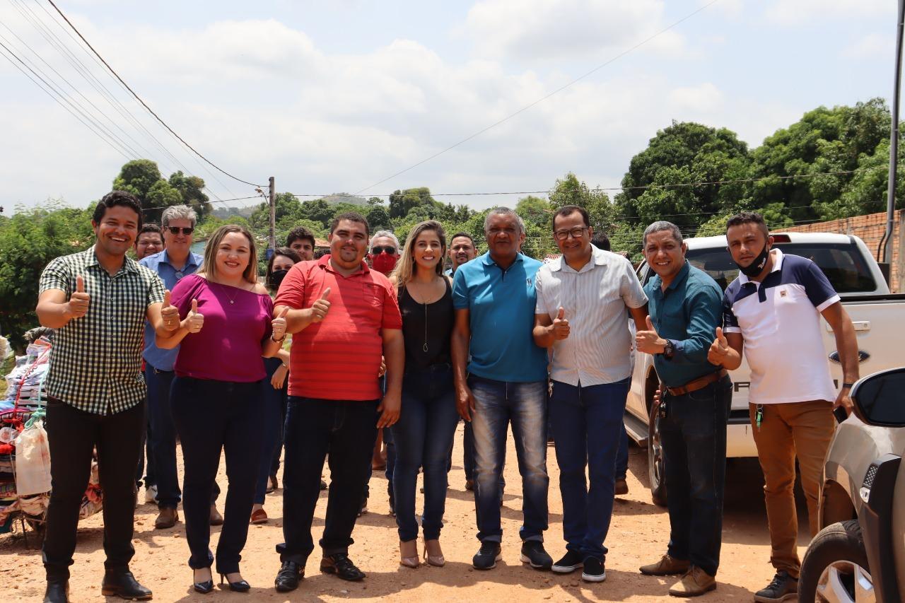 Prefeita Patrícia Evelin dá início a pavimentação de mais ruas em Xambioá